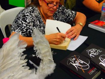 Signing at SupaNova Brisbane 2012